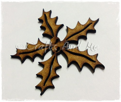 *New*Wooden Flourishes-Holly and Berries
